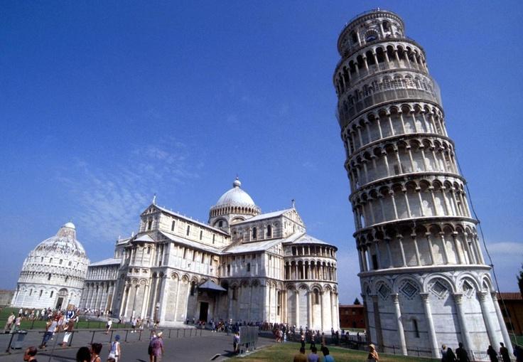 Trebuie să vezi cu ochii tăi Turnul din Pisa! Achiţi 29 de lei şi plăteşti doar 169 de euro / persoană pentru un sejur de 3 nopţi la hotel Repubblica Marinara 4* din Pisa, Italia. Transport cu avionul, bagaj de mâna şi taxe de aeroport incluse