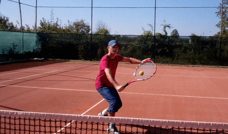 Backhand Volley - tennis lesson