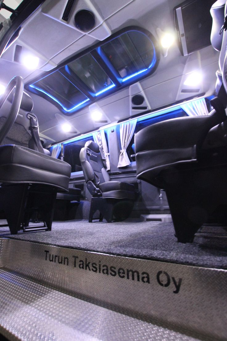 Mercedes-Benz Sprinter Tamlans Disabled Taxi, Custom-made Running Board (Side Step), Panoramic Glass Roof