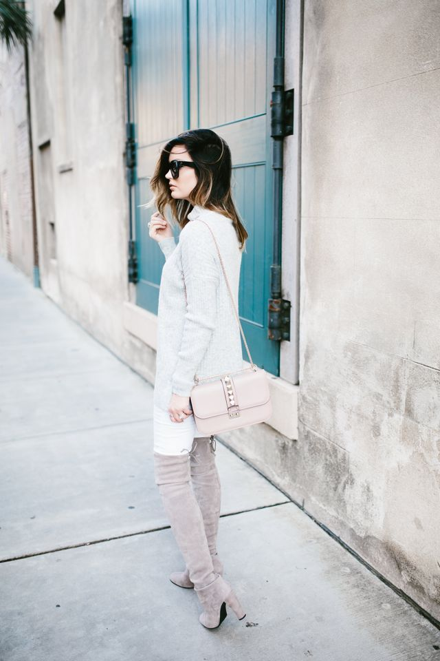 Sweater: Topshop {yes, I also have this in black and ivory!} | Denim: Current/Elliott | Handbag:...