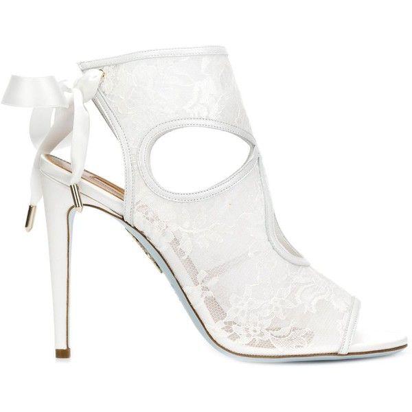 Aquazzura lace pump shoes (872 CAD) ❤ liked on Polyvore featuring shoes, pumps, heels, white, white pumps, lace heel shoes, lacy shoes, aquazzura shoes and lace shoes
