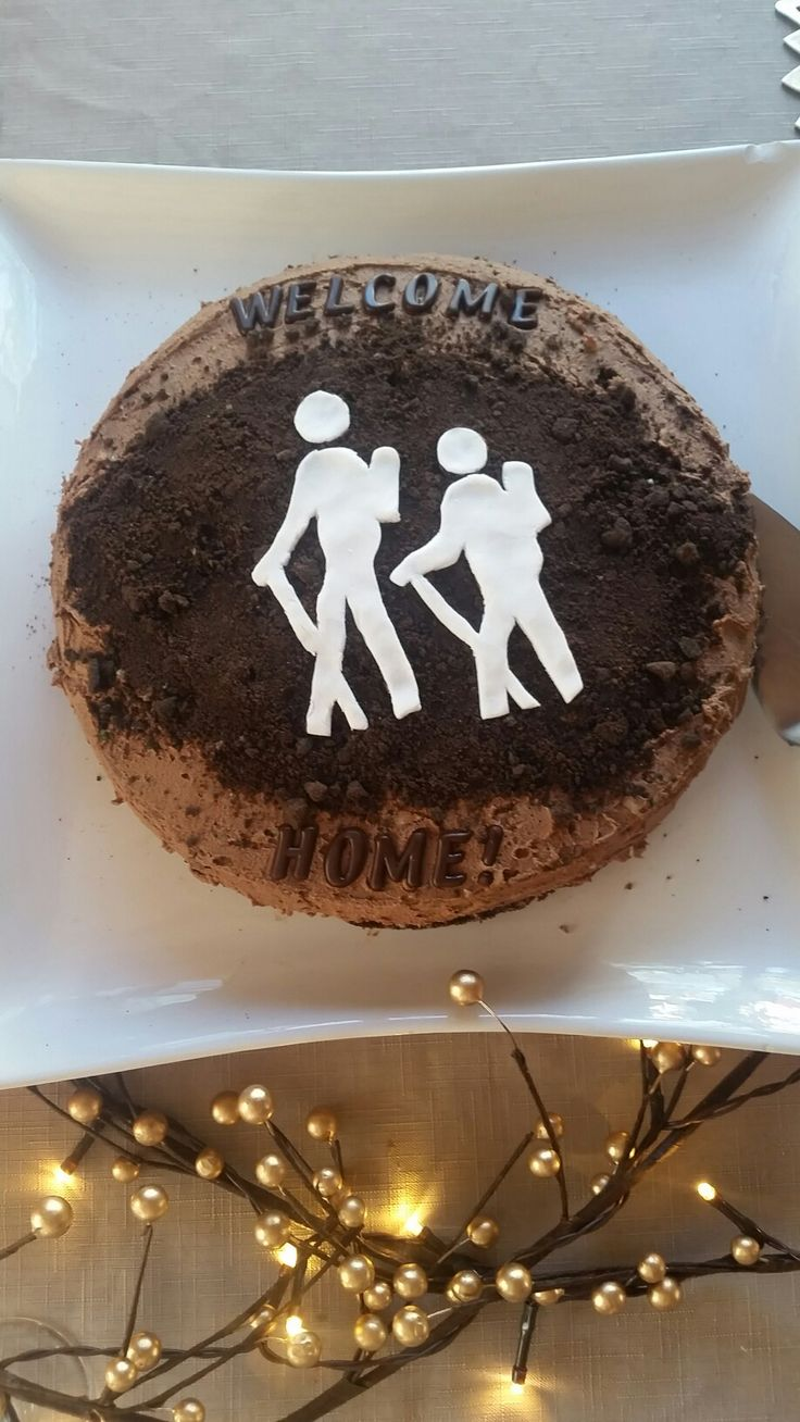 """K8iekates original pin -  Cake for Welcome home Hiking. Crushed oreos biscuits used for """"dirt"""""""