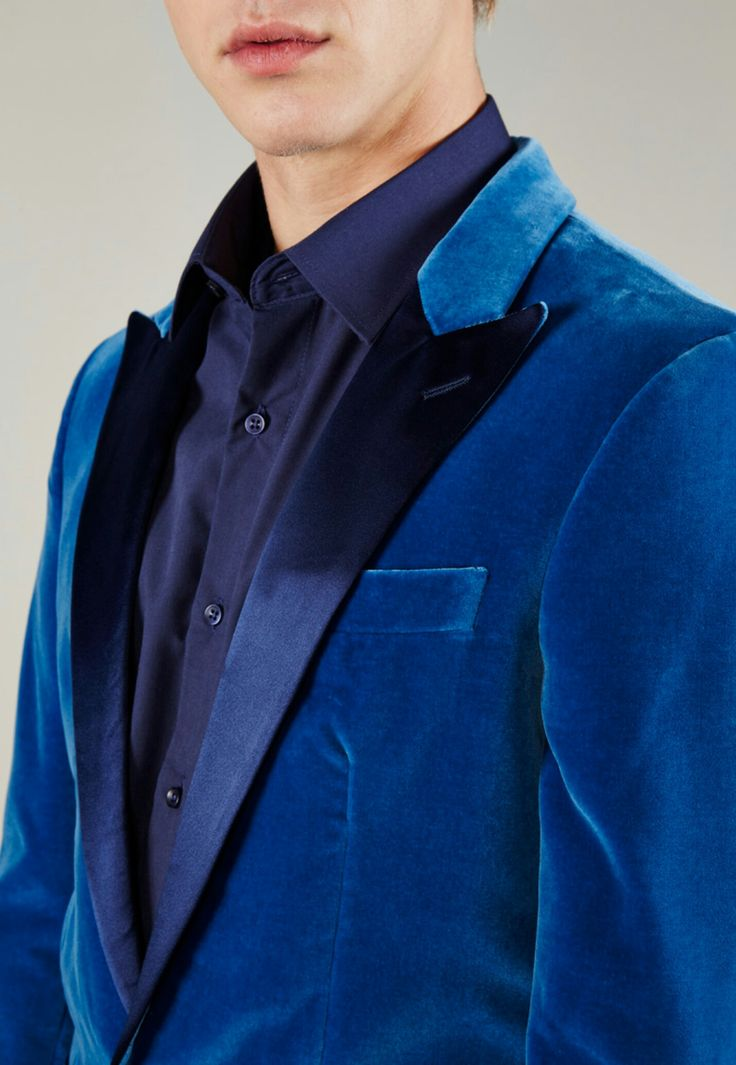 Smoking en velours bleu // Hackett