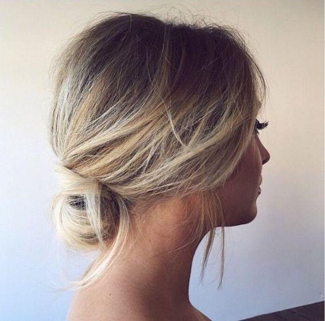 2018 Hochzeit Haartrends – entspannte Braut Hochsteckfrisur – Haare – Hochzeit