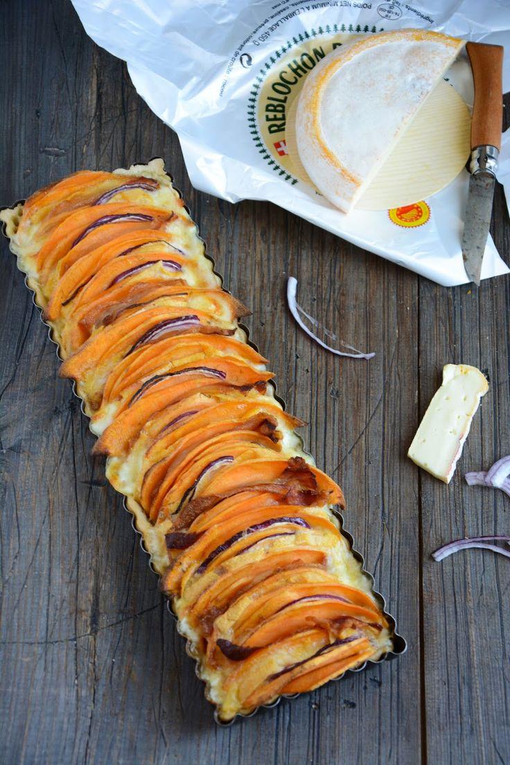 Tarte au Reblochon de Savoie et patate douce, oignon rouge et pancetta. Pâte à l'huile d'olive