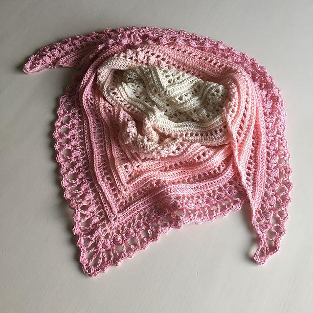 Secret Paths Shawl van Mijo Crochet. Een NL vertaling door Annie Germeraad nu op het blog van Mijo Crochet