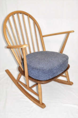 Vintage Retro Ercol Windsor Grandmother Rocker Rocking Chair Light Finish