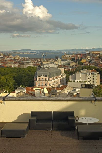 Sky Bar Tivoli (Lisboa) Encontra-se no 9º piso do Hotel Tivoli Lisboa # portugal