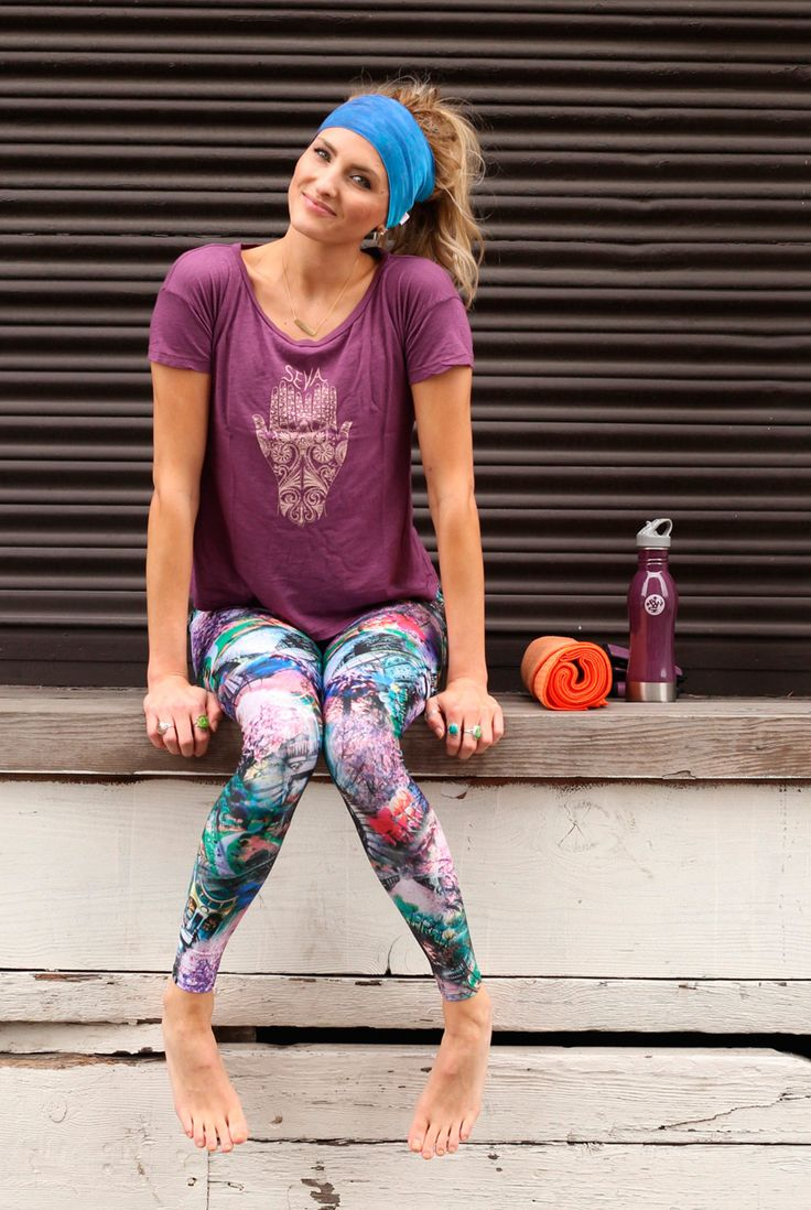 Get geared up for all your yoga class needs! From cute flowy tees like this Seva top from Be Love Apparel to cute printed leggings like these Alice leggings from Onzie! All available at evolvefitwear.com #printedlegging #onzie #evolvefitwear