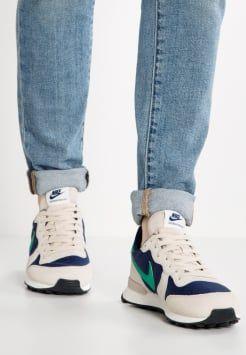 adidas, ASICS, Clarks, New Balance, Nike, Reebok Salg | Dame | Sneakers Størrelse 40.5, 41 | Nye tilbud hos Zalando