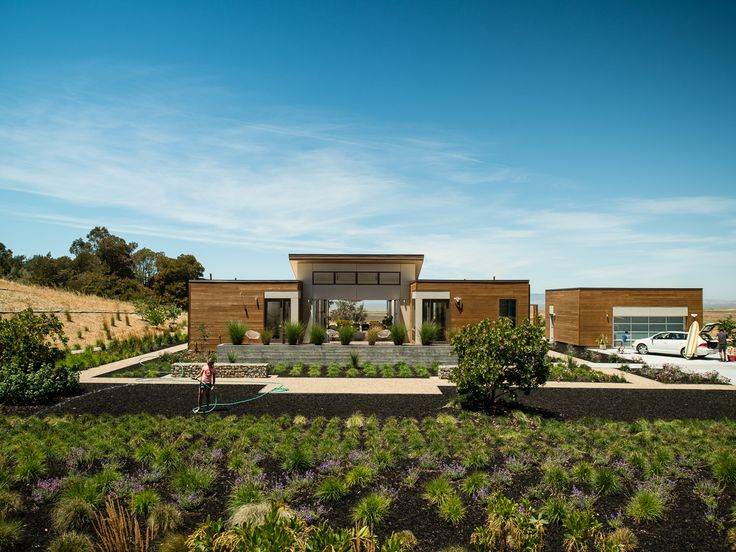 Contemporary model house designed by blu homes situated close to san francisco california