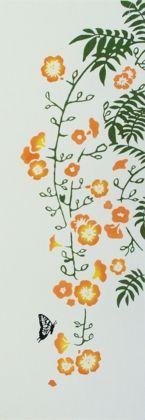 ノウゼンカズラ Campsis grandiflora 「凌霄花」と書いてノウゼンカズラ。その名の通り、空(霄)を凌ぐほどつるを伸ばして天高く上ります。とても寿命の長い植物です。   染技法:注ぎ染め サイズ:約34cm×94cm 素 材:綿100%/総理地 色違い:   ー  ...