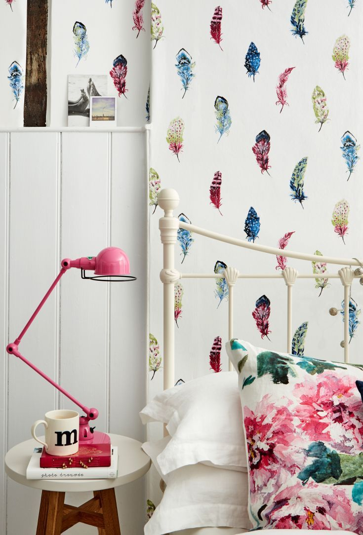 A Pretty Contemporary Feather Wallpaper Design By Albany Called Liatris