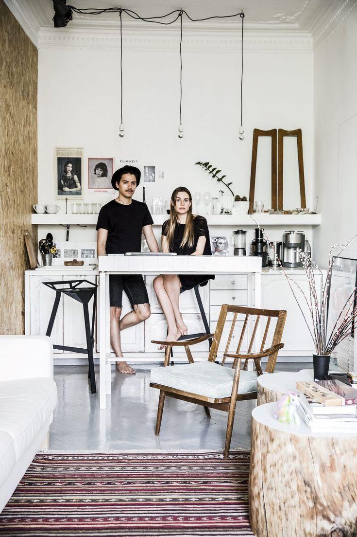 Designerparet Harry och Marya trotsar den brackiga tsarstilen och inreder ljust och luftigt.
