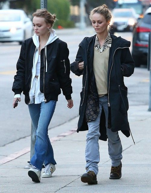 Do Lily-Rose Depp and Vanessa Paradis bond over hating Amber Heard - do they share a disgust with the opportunist? Mother and daughter have Johnny Depp