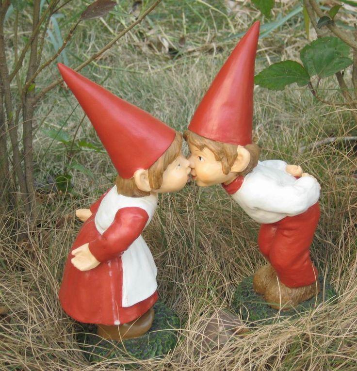 Gnome In Garden: Best Non Toxic Polyresin Handicraft