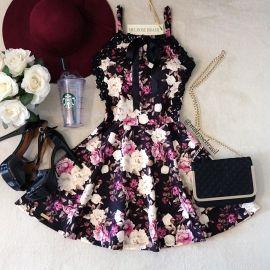 Vestido Carla Princess C/ BOJO( Estampa Rosas C/ Fundo PRETO)