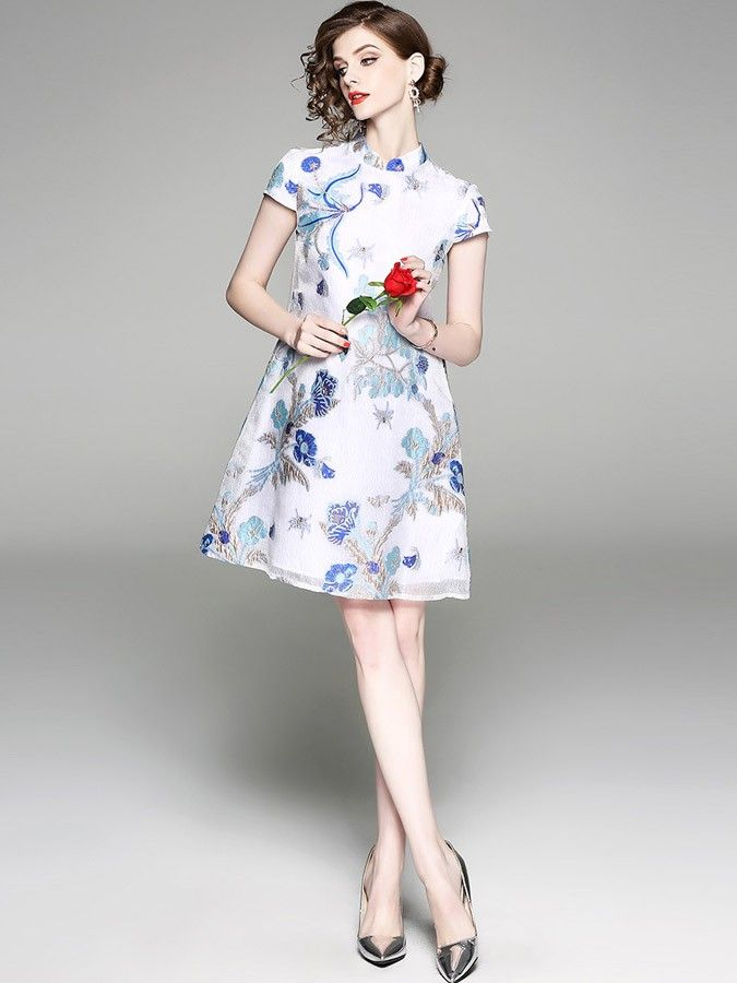 White Embroidered A-Line Qipao / Cheongsam Dress