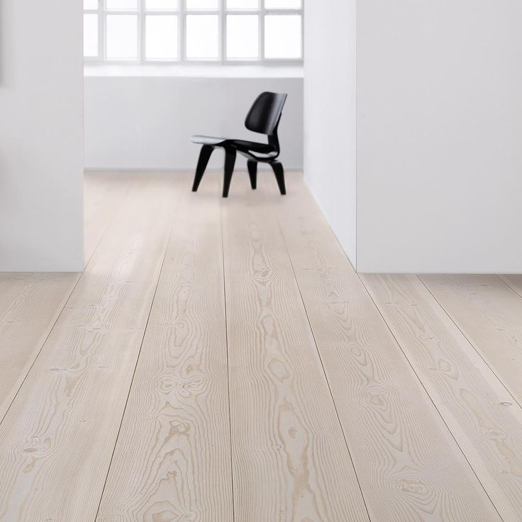 Wide plank flooring - Douglas by Dinesen