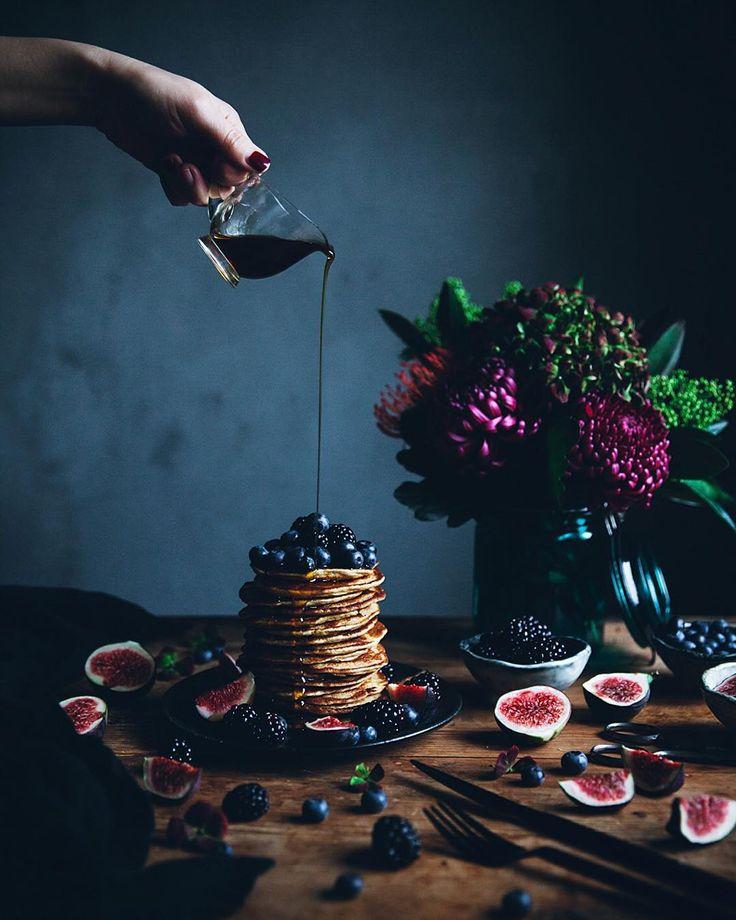 linda@callmecupcake.se ricotta pancakes, and flowers from @lillatorgsblommor