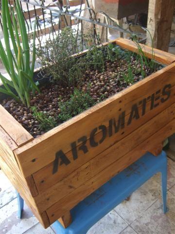 Fabriquer un bac à aromates en bois de palette