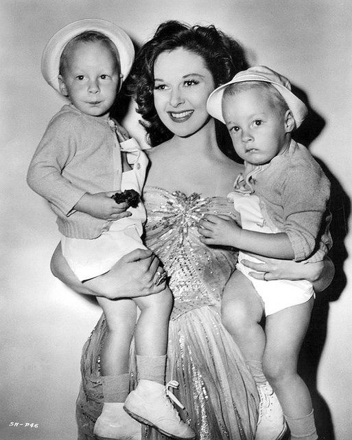 Susan Hayward with her twin sons Gregory and Timothy Barker