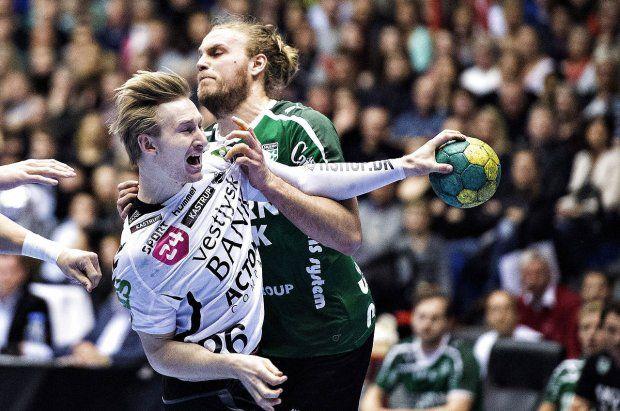 Første titel i 16 år: Skjern bankede lokalrivaler i tæt pokalfinale - Håndbold   www.bt.dk