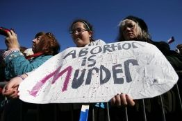 If this Missouri bill becomes law, it will require a 72-hour waiting period before an abortion can be induced.  It would also require women to watch a video that informs about alternatives to abortions available such as crisis pregnancy centers.  http://ffc.io/r1   Do you think a 72-hour waiting period will change the heart of some mothers-to-be?