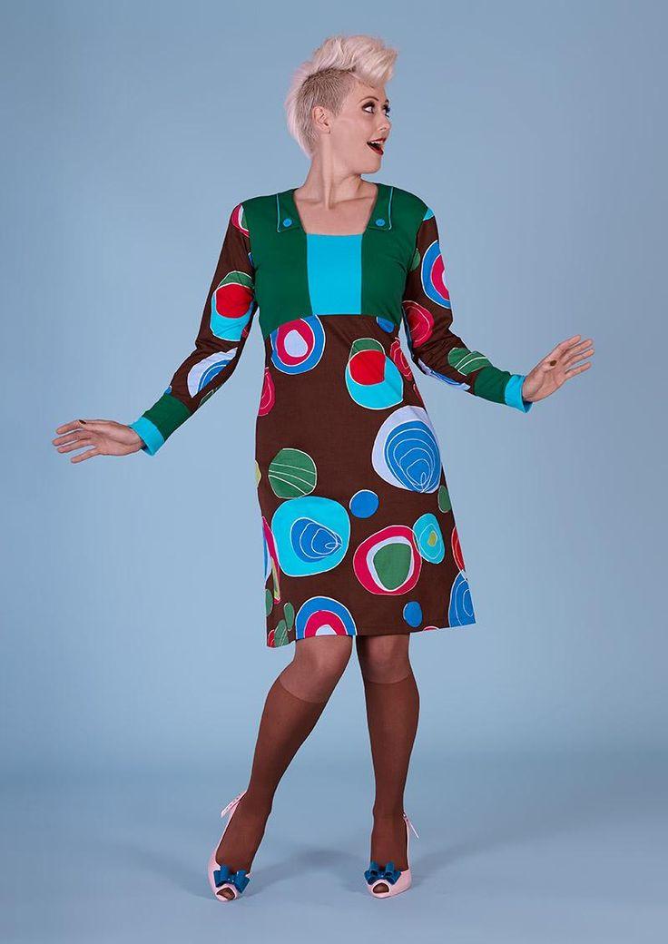 Margot kjole PAM BOUVIER 00550   Margot kjole med farvede cirkler hos denckerdeluxe