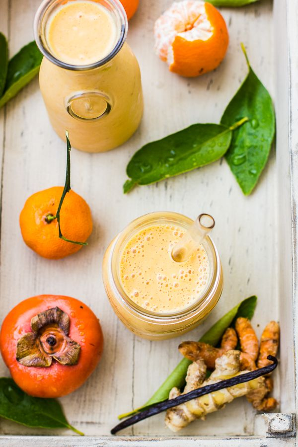 What a gloriously unusual combination - yum! Persimmon and Tangerine Smoothie with Vanilla, Ginger and Turmeric- yum.