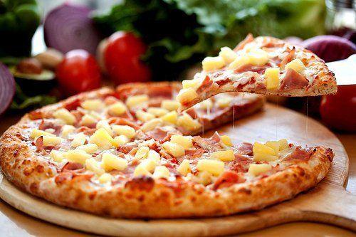 Pizza Hawaii. Super Lekker!