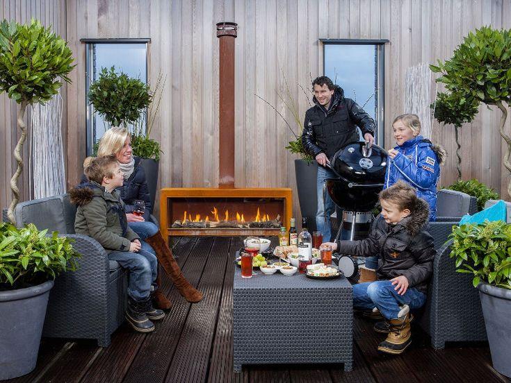 Na een lange, koude winter willen we eindelijk weer naar buiten. Om de tuin nog meer woonallure te geven, ontwierp Faber een prachtige buitenhaard: theMOOD