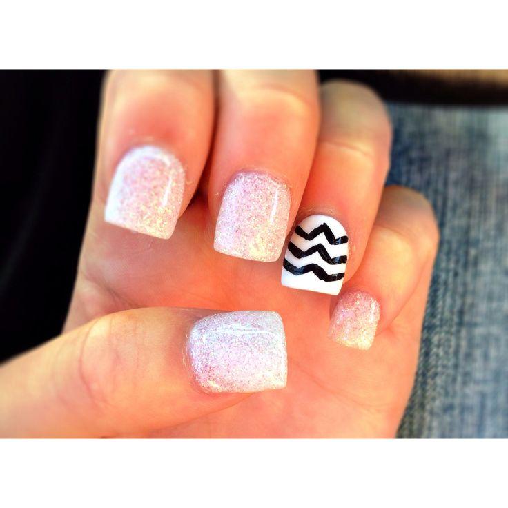 sparkly acrylic nails