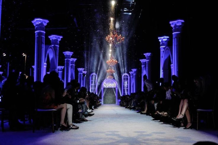 17 best ideas about fashion show party on pinterest for Runway stages
