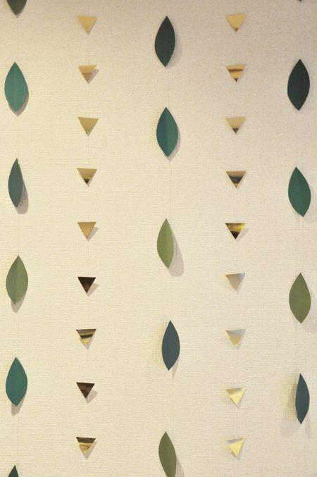 名前に漢字の「葉」がふくまれるSくんの6か月のハーフバースデーは、グリーンの葉っ…