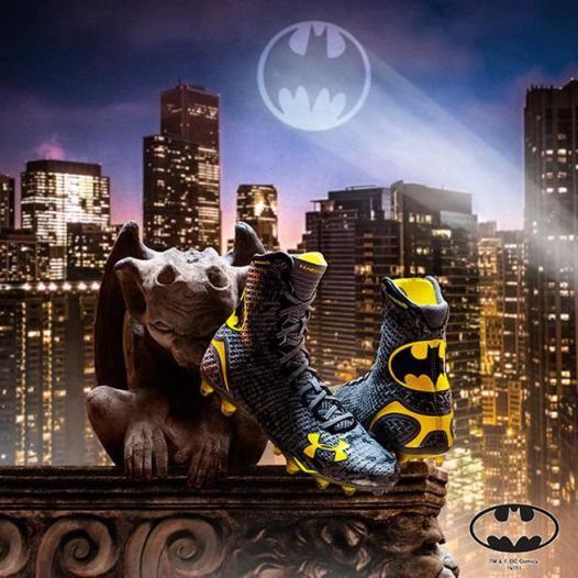 2_1_3_chaussures-football-batman_xl