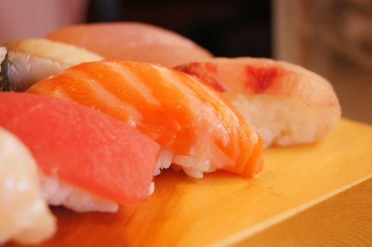 초밥  해산물, 생선으로 유명한 곳이지만 이상하게 제가 먹어본 초밥은 다 밥이 떡져 있었음. 초밥 자체를 좀 못만든다고 할까... 유명한 레스토랑을 가도 초밥은 맛이 없음  이거 비추