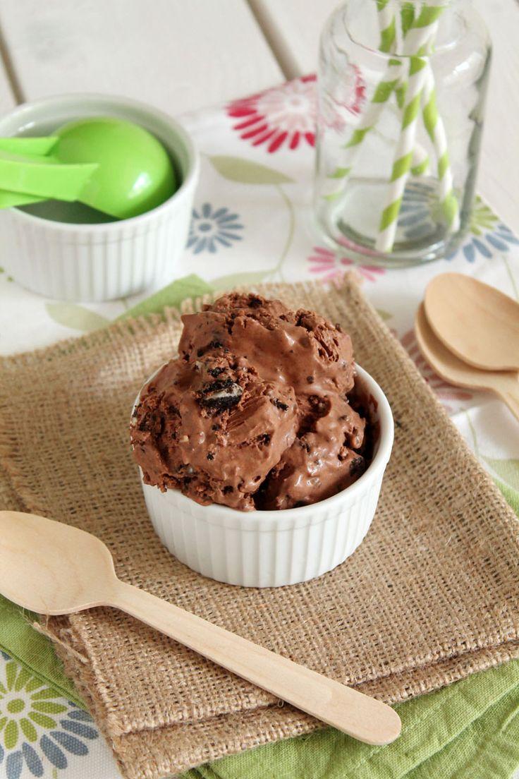 Εύκολο παγωτό σοκολάτα με μπισκότα Oreo - The one with all the tastes