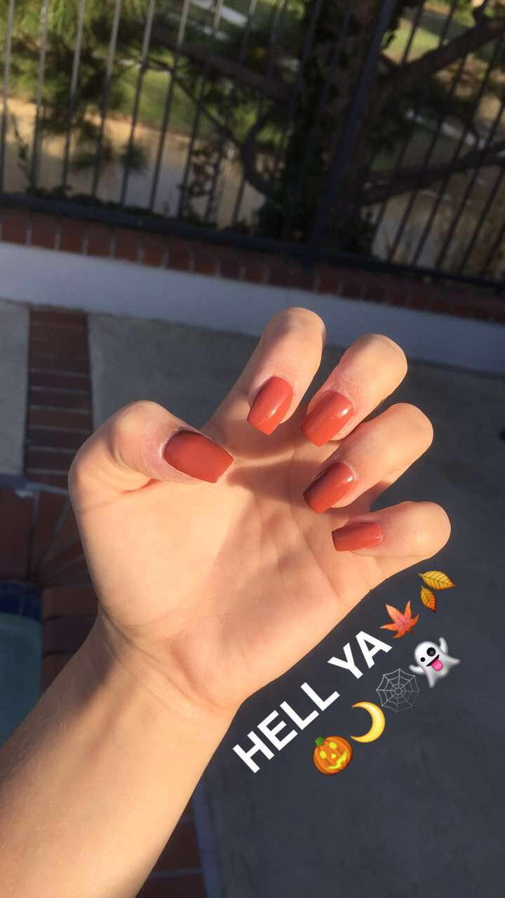 burnt orange nails fall