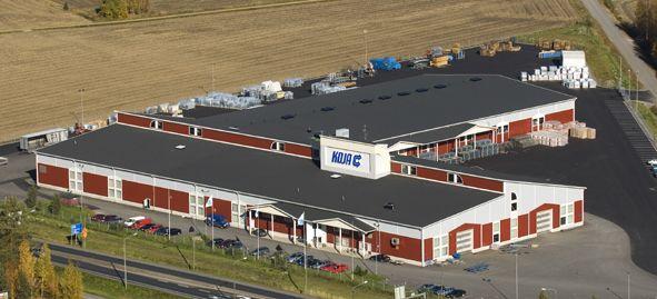 Perheyritys Koja Oy perustettiin vuonna 1935 Tampereelle. 1970-luvun alussa pääkonttori valmistui Tampereen Rantaperkiöön, jonne koko toiminta siirtyi. Jalasjärven tuotantolaitos (kuvassa) otettiin käyttöön 1990-luvulla.