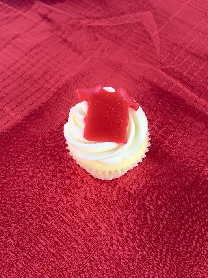 Daniel Morcombe Golf Day - Cupcakes provided by @vanillapodcakes