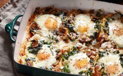 Αυγά στο φούρνο με μανιτάρια και σπανάκι
