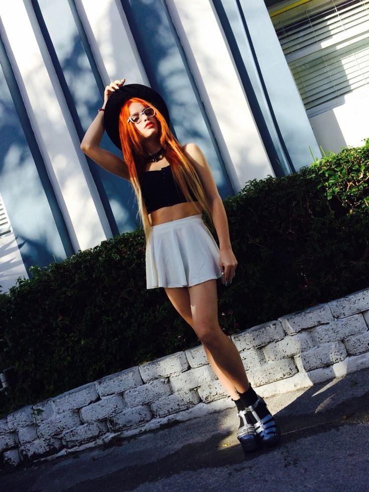 Trap Girls Wallpaper Pin By Cami Montoya On Cami Montoya Model Mini Skirts