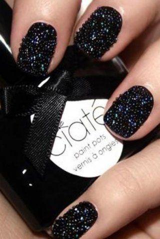 Manucure«Caviar»: la tendance chic et insolite de cet hiver! - Marie Claire