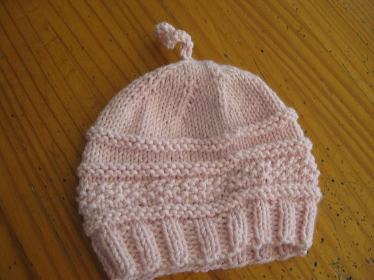 Easy Knitting Pattern For Baby Boy Hat : 25+ best ideas about Knit Baby Hats on Pinterest Knitted baby hats, Free kn...