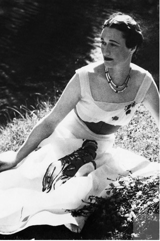 1937: Wallis Simpson photographed by Cecil Beaton for a Vogue shoot. She is wearing an Elsa Schiaparelli gown she designed with Salvador Dali.