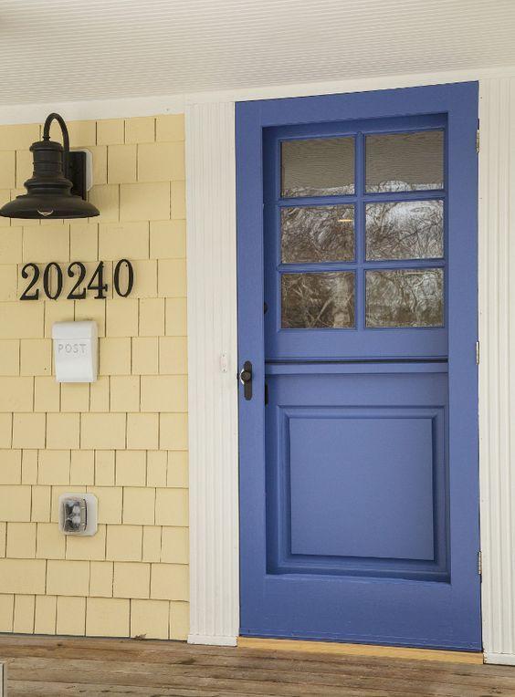 Yellow Exterior Paint Color Benjamin Moore Summer Harvest 206 Blue Front Door 825 Nova
