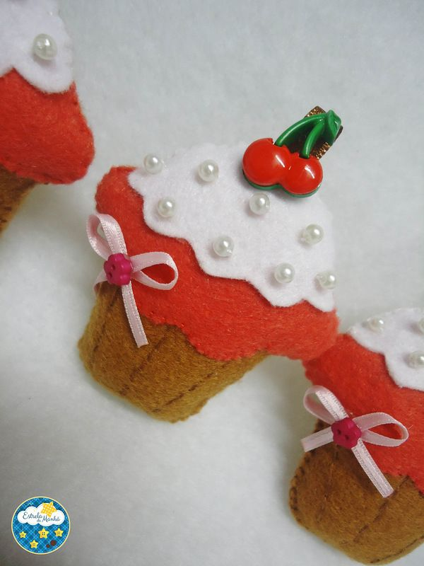 Felt Crafts Cupcake