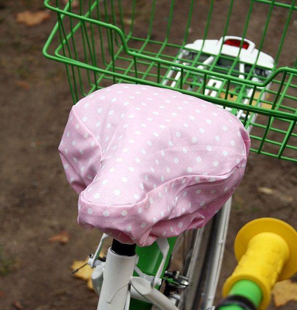 DIY Anleitung: Sattelschoner selber Nähen, Nähanleitung // diy: how to sew a bicycle saddle cover via DaWanda.com