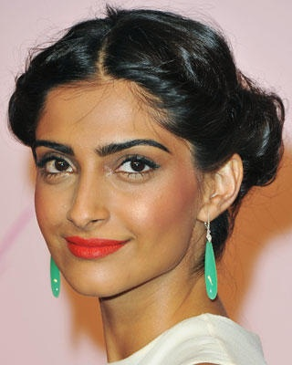 Beach Wedding Makeup For Olive Skin : 19 best ideas about Makeup for Indian skin on Pinterest ...